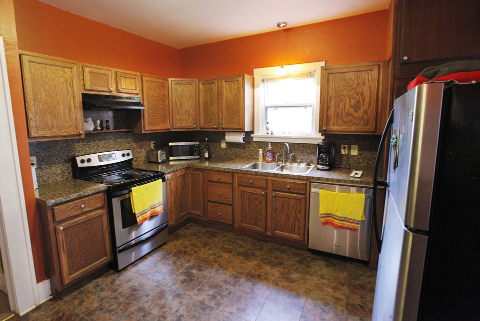 Photo - This view shows the kitchenn of Mena Ganesan's home.  PAUL B. SOUTHERLAND -  PAUL B. SOUTHERLAND