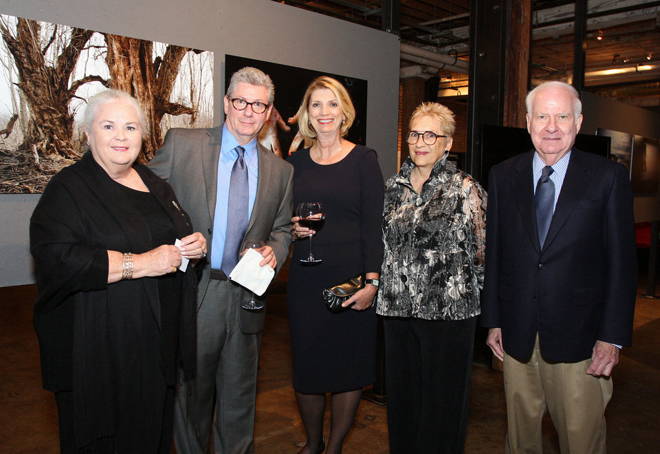 Photo - Peg Malloy, Jon and Sue Burris, Laura Warriner, George Kavis. PHOTO BY DAVID FAYTINGER, FOR THE OKLAHOMAN