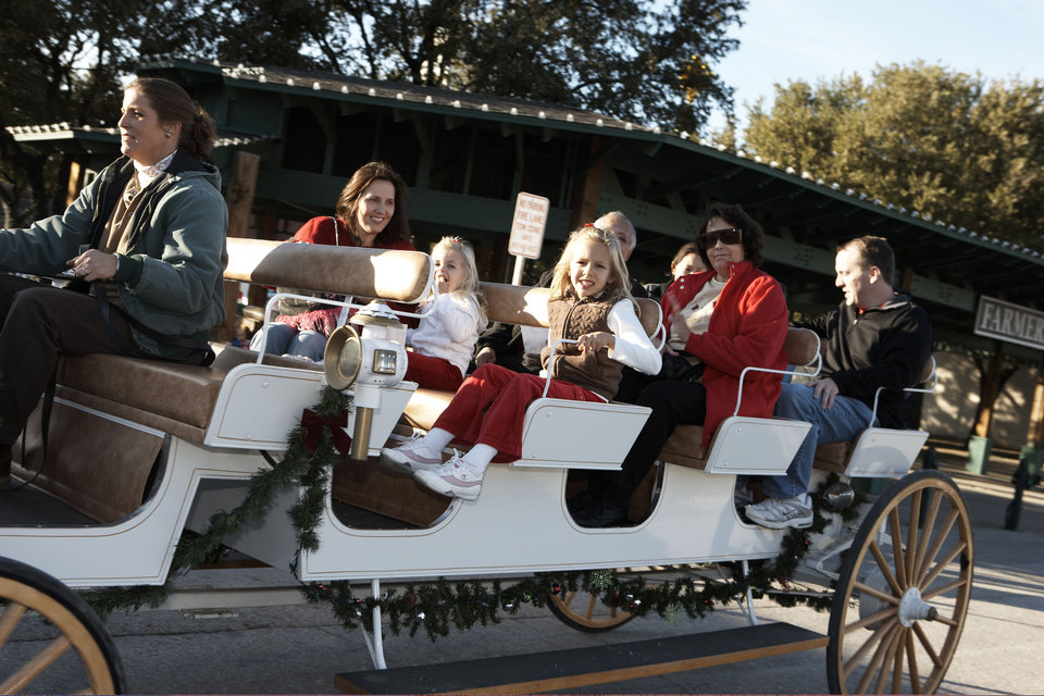 A horse-drawn carriage ride is one of many holiday events in Grapevine, Texas, the official Christmas Capital of Texas. Photo provided. <strong></strong>