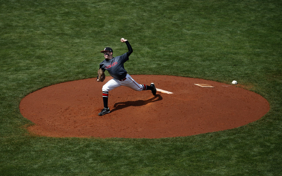 Photo - Verdigris' Gabe Rodery throws a pitch during the class 3A state baseball championship game between Kansas and Verdigris at the Chickasaw Bricktown Ballpark in Oklahoma City, Saturday, May 17, 2014. Photo by Sarah Phipps, The Oklahoman