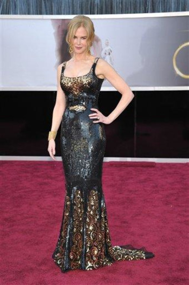 Photo - Actress Nicole Kidman arrives at the Oscars at the Dolby Theatre on Sunday Feb. 24, 2013, in Los Angeles. (Photo by John Shearer/Invision/AP)