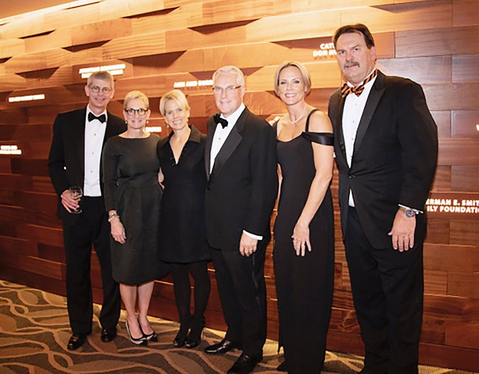 Photo - Hal and Kathy Brown, Lori and Bond Payne, Rae and Jerry Winchester. LAUREN KNORI, OSU FOUNDATION PHOTO