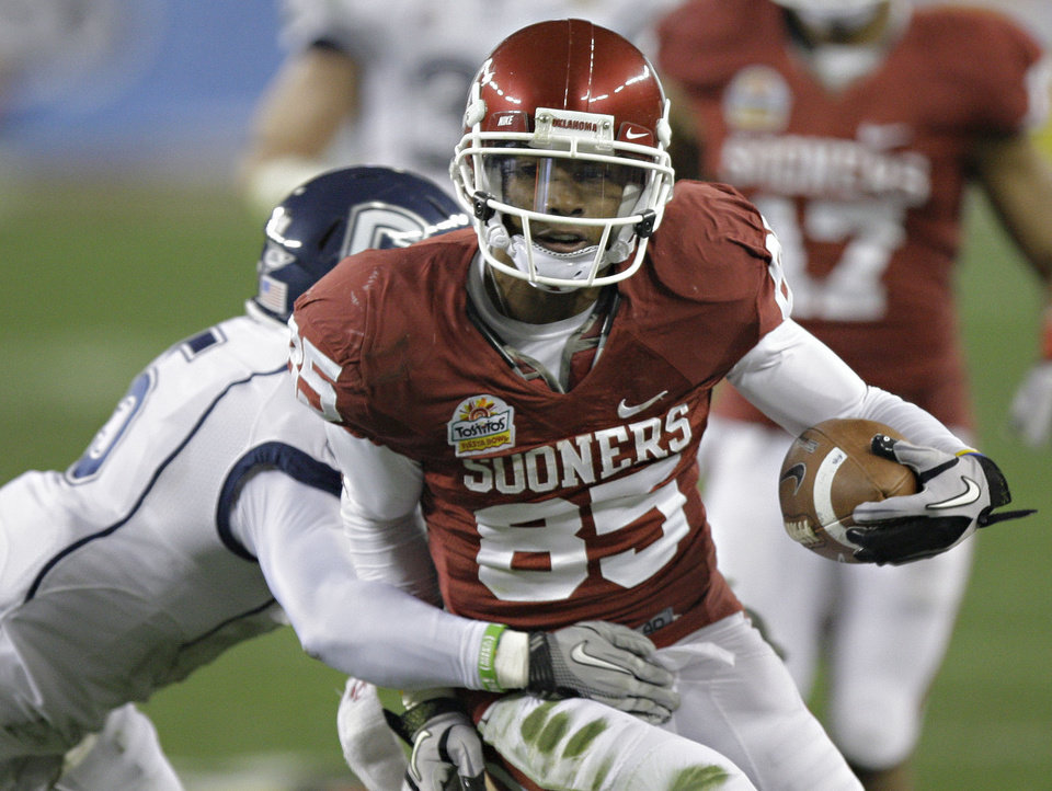 Oklahoma receiver Ryan Broyles has set several receiving records during his career in Norman. AP PHOTO