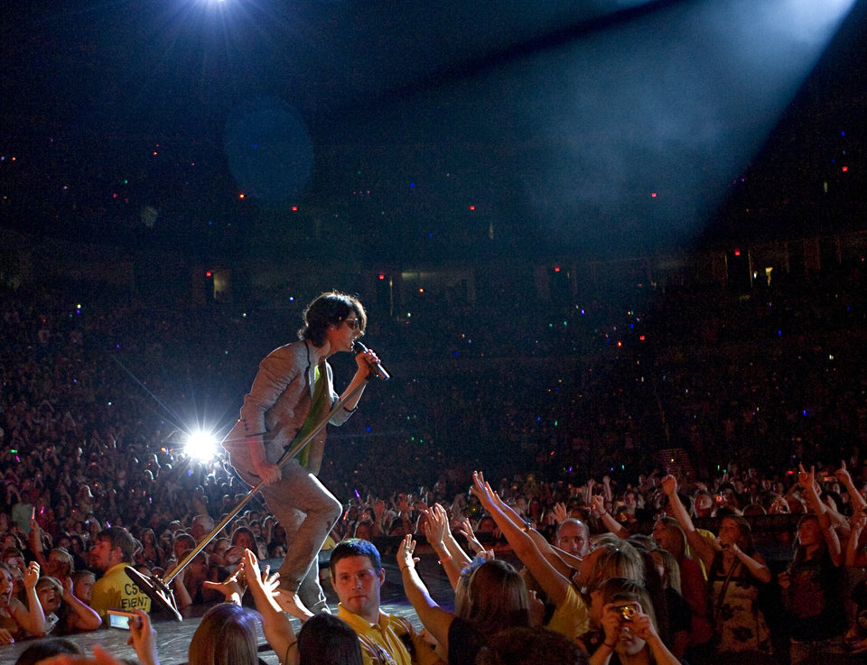 Joe Jonas ,with The Jonas Brothers, performs at the Ford Center in Oklahoma City, Tuesday, July 8, 2008. BY BRYAN TERRY, THE OKLAHOMAN