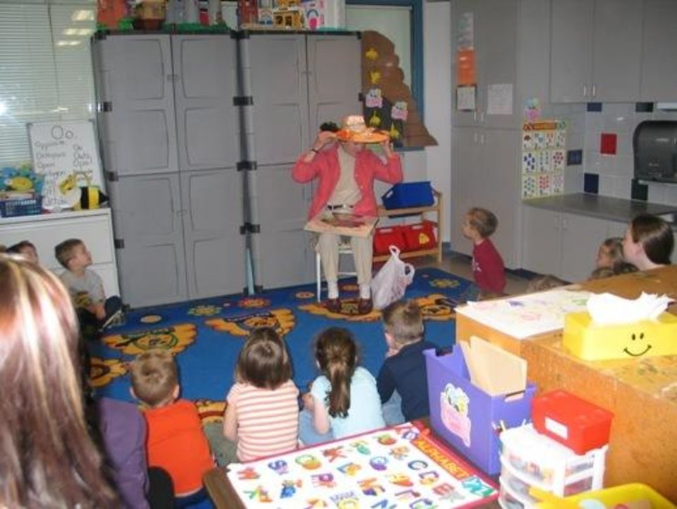 Patsy Kline is a guest reader at EOC Tech, CDC, during Week of the Young Child<br/><b>Community Photo By:</b> K. Erbin, Director of Center Operations<br/><b>Submitted By:</b> Karen, Harrah