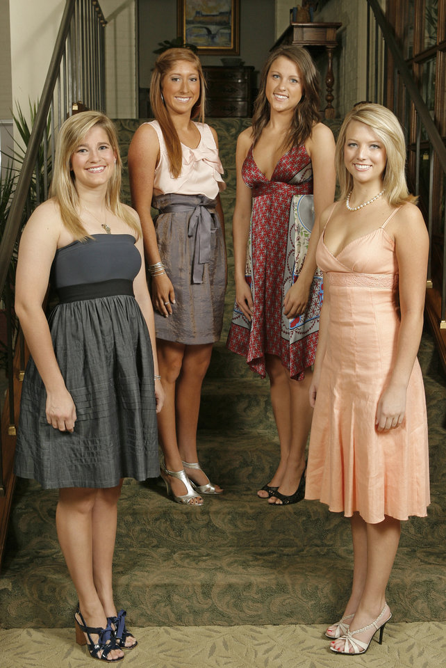 Debs at the Country Club, Tuesday, May 19, 2009.  Sarah Brown, Lindsey Bevers, Christina Ellis and Alexis Hefner.  Photo By David McDaniel, The Oklahoman.