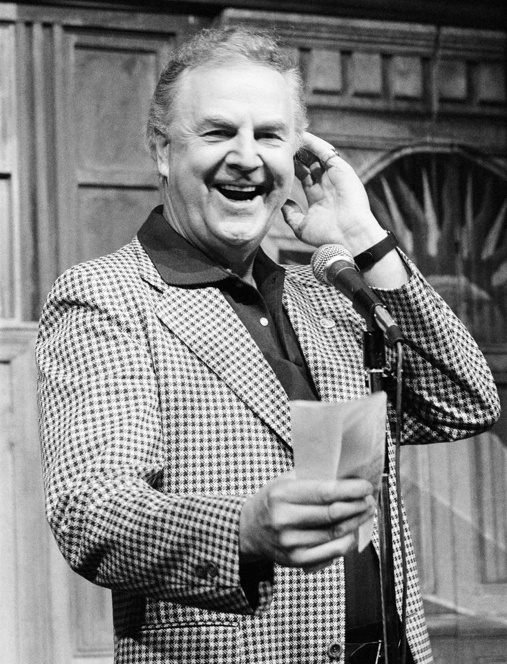 Photo - This Sept. 25, 1982 photo provided by NBC shows announcer Don Pardo. Pardo, the durable television and radio announcer whose resonant voice-over style was widely imitated and became the standard in the field, died Monday, Aug. 18, 2014 in Arizona at the age of 96. (AP Photo/NBC, Al Levine)
