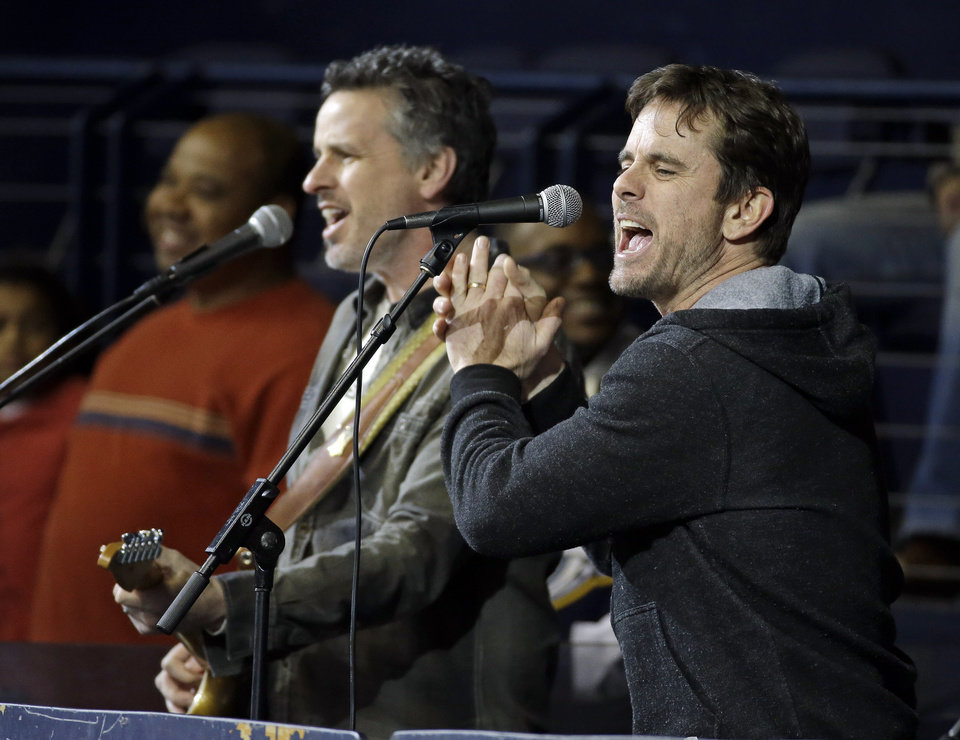 Photo - Actor Charles Esten, right, from the television show