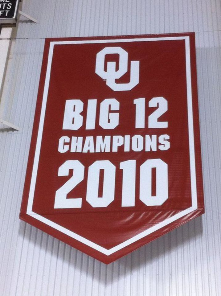 "SoonerSports.com sent out a photo Tuesday of OU's banner: - <a href=""http://twitpic.com/47ka3q"">SoonerSports.com</a>"