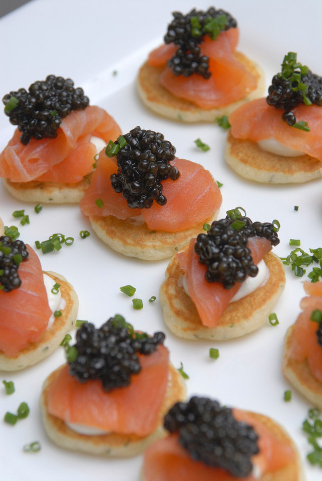 Photo - FOOD: Smoked Salmon Blinis    ORG XMIT: 0902171550364891