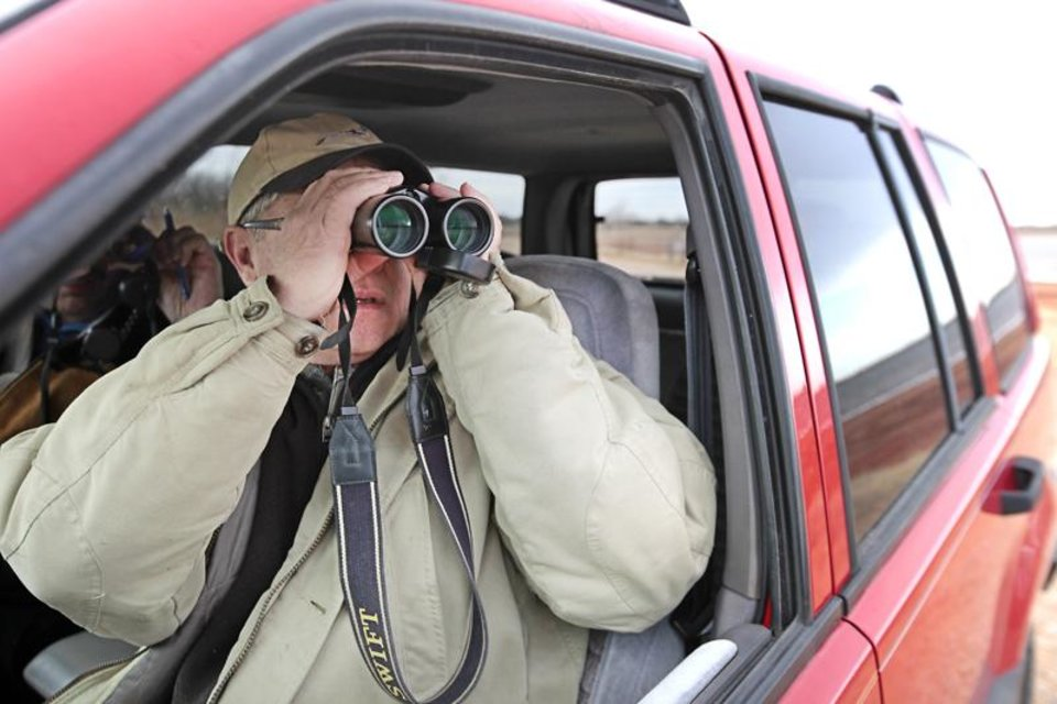 Bill Diffin winter bird watching at Lake Hefner, Tuesday, January 14, 2014. Photo by David McDaniel, The Oklahoman