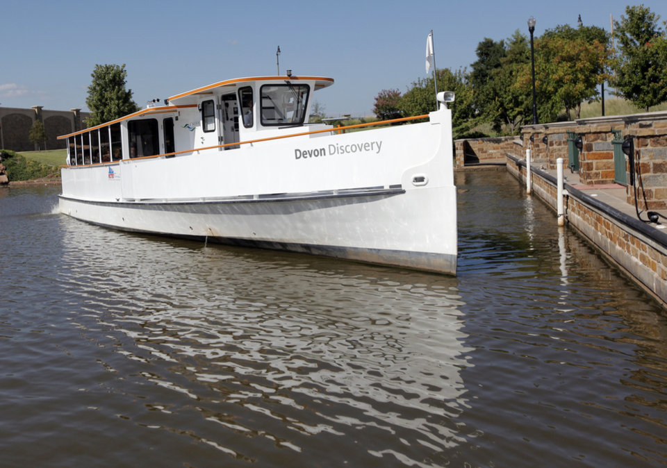 The Devon Discovery river cruiser leaves the dock to start a tour of the Oklahoma River for a group with the Topeka Chamber of Commerce, in Oklahoma City, Thursday, Sept. 2, 2010. Photo by Nate Billings, The Oklahoman