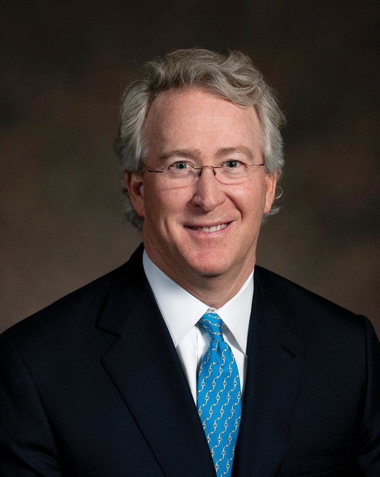 Photo - Aubrey  McClendon, Oklahoma  City, will present Oklahoma Hall of Fame inductee Robert A.  Hefner, III of Oklahoma City. Provided ORG XMIT: KOD