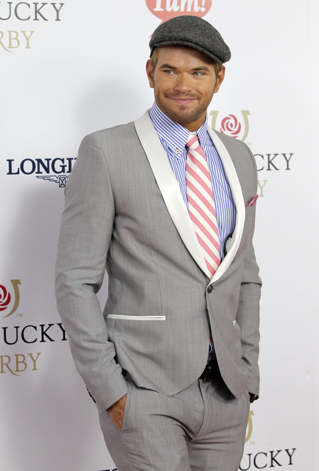 Photo - Twilight series actor Kellan Lutz arrives for the 138th Kentucky Derby horse race at Churchill Downs Saturday, May 5, 2012, in Louisville, Ky. (AP Photo/Darron Cummings)  ORG XMIT: DBY139