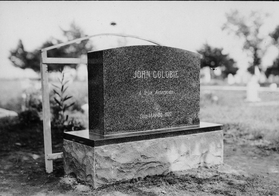 John Golobie's monument in Guthrie's Summit View Cemetery, shortly before its unveiling in 1929. PHOTO FROM THE OKLAHOMAN ARCHIVES. <strong></strong>