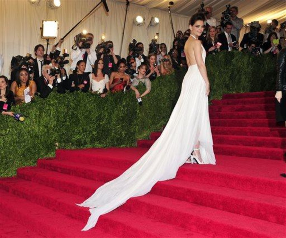 Photo - Katie Holmes attends The Metropolitan Museum of Art's Costume Institute benefit celebrating