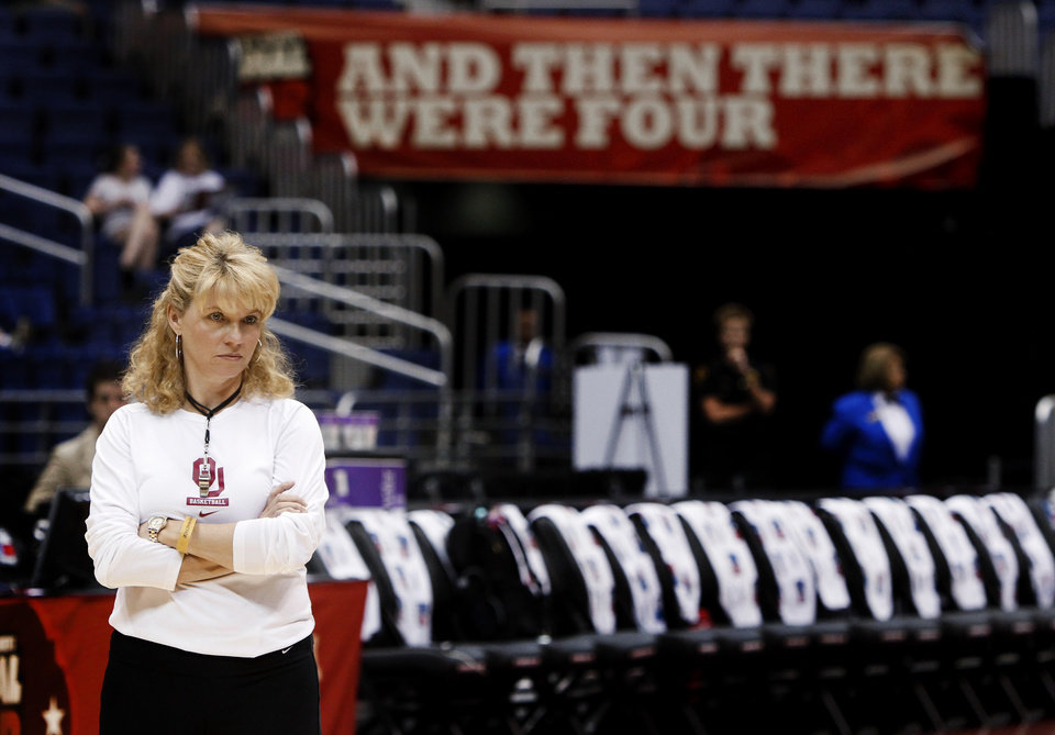 Photo - OU coach Sherri Coale watches  practice before the Final Four of the NCAA women's  basketball tournament at the Alamodome in San Antonio, Texas., on Saturday, April 3, 2010.  The University of Oklahoma will play Stanford on Sunday, April 4, 2010.