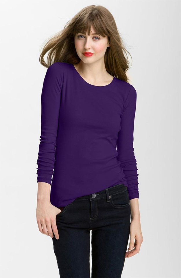 Jaime King is more of a fashion risk-taker than the Southern Belle character she plays. Get her look with this Caslon longsleeve crew neck shirt ($25 at Nordstrom.com). (Nordstrom.com/Los Angeles Times/MCT)