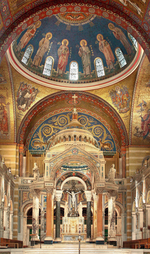 "Photo - This 2009 photo provided by Hildreth Meiere Dunn shows the Dome of the twelve apostles in the Cathedral Basilica of St. Louis decorated by the photographer's grandmother, Art Deco muralist Hildreth Meiere, in St. Louis, Missouri. While Meiere's name has been largely forgotten, her works abound throughout the country. ""The Art Deco Murals of Hildreth Meiere,"