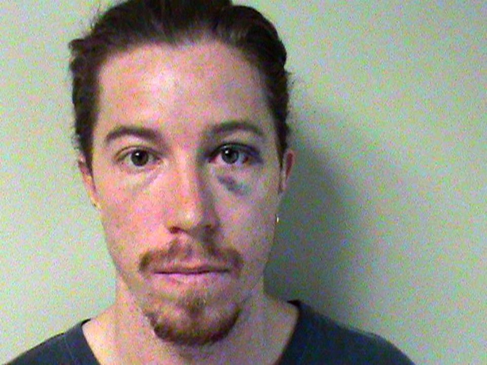 Photo -   This photo provided by the Metropolitan Nashville Police Department shows Shaun White. A police report says the two-time Olympic gold medalist snowboarder was charged with vandalism after an employee at a Nashville hotel saw him break a phone there. He is charged with vandalism of $500 or less. (AP Photo/Metropolitan Nashville, Tenn., Police Dept.)