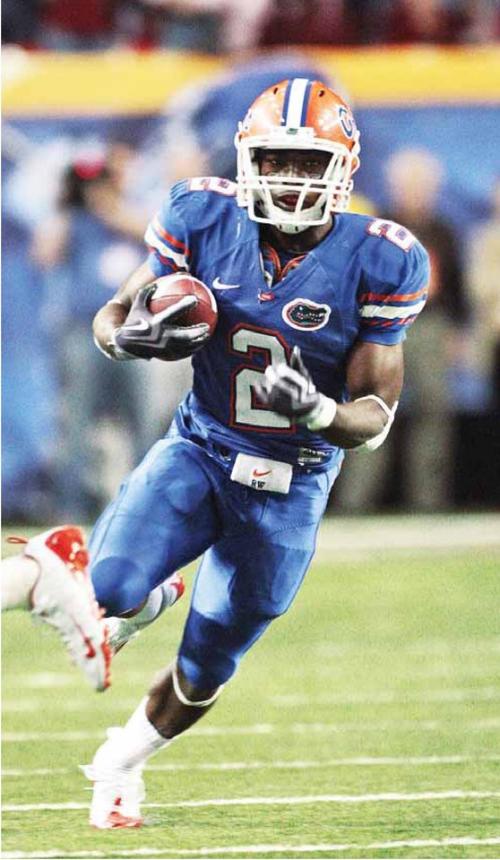 Photo - UNIVERSITY OF FLORIDA COLLEGE FOOTBALL / JEFFREY DEMPS: Jeff Demps has run a 10.01 100 meters, which is believed to be the fastest track time ever run by a football player. AP PHOTO