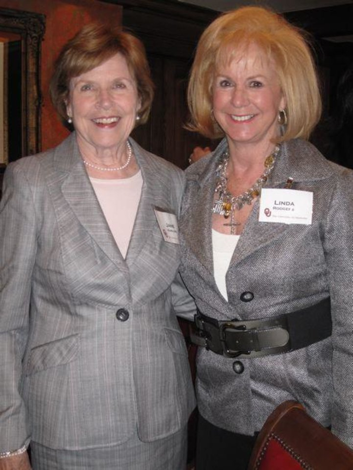 WOMEN IN PHILANTHOPHY....Jane Harlow and Linda Rodgers were special guests at the party. (Photo by Helen Ford Wallace).