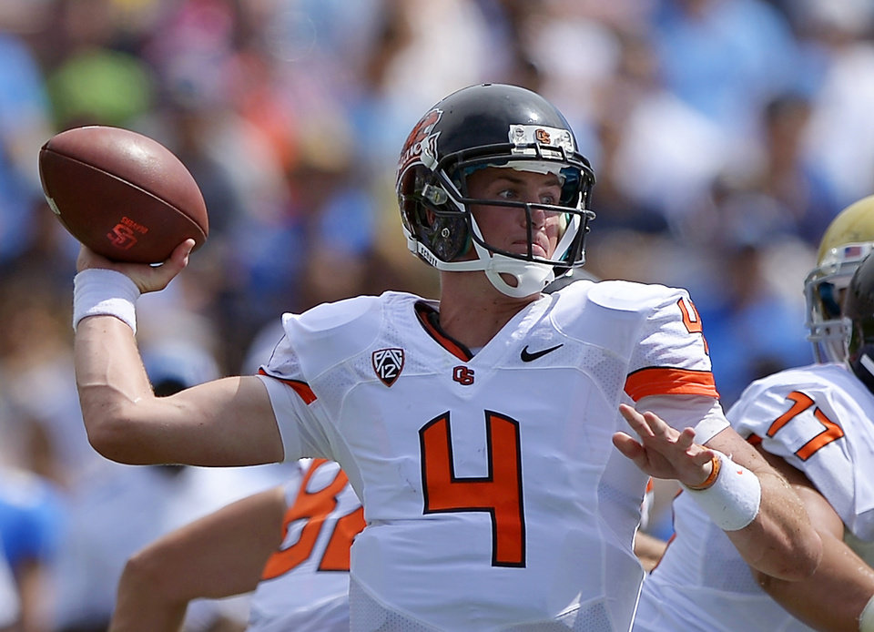 Photo -   Oregon State quarterback Sean Mannion passes during the first half of their NCAA college football game against UCLA, Saturday, Sept. 22, 2012, in Pasadena, Calif. (AP Photo/Mark J. Terrill)