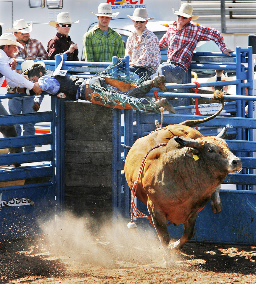 Photo - HONORABLE MENTION-SPORTS