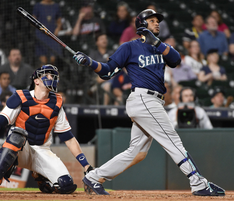 Cano's Homer In 11th Lifts Mariners To 4-3 Win Over Astros
