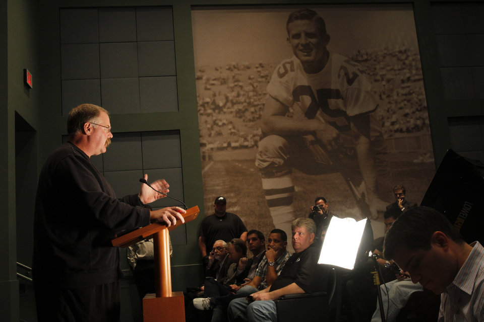 Photo -   Philadelphia Eagles head coach Andy Reid gestures while speaking during a media availability at their NFL football training facility Monday, Nov. 12, 2012 in Philadelphia. (AP Photo/ Joseph Kaczmarek)