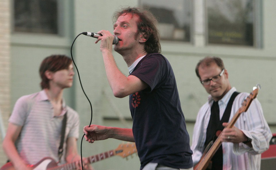 Tyson Meade, center, performs with the reunited Chainsaw Kittens at the 2008 Norman Music Festival. THE OKLAHOMAN ARCHIVES <strong>JACONNA AGUIRRE</strong>