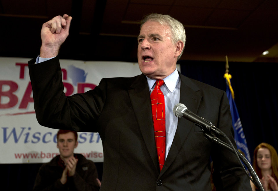 Photo -   Wisconsin Democratic gubernatorial candidate Tom Barrett speaks at his primary election victory party Tuesday, May 8, 2012, in Milwaukee. Democrats overwhelmingly picked Barrett to challenge Republican Wisconsin Gov. Scott Walker in a June recall election. (AP Photo/Morry Gash)