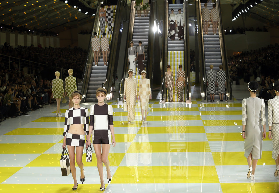 Photo -   Models wear creations by fashion designer Marc Jacobs for Louis Vuitton's ready to wear Spring-Summer 2013 collection presented in Paris, Wednesday, Oct. 3, 2012. (AP Photo/Jacques Brinon)