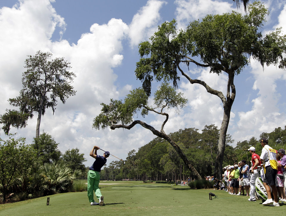 Photo -   Jonathan Byrd hits from the sixth tee during the second round of the Players Championship golf tournament at TPC Sawgrass, Friday, May 11, 2012, in Ponte Vedra Beach, Fla. (AP Photo/Chris O'Meara)