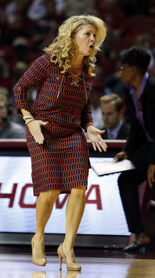 Photo - Sooner head coach Sherri Coale is animated in the second half as the University of Oklahoma Sooners (OU) defeat the Gonzaga Bulldogs 82-78 in NCAA, women's college basketball at The Lloyd Noble Center on Thursday, Nov. 14, 2013  in Norman, Okla. Photo by Steve Sisney, The Oklahoman