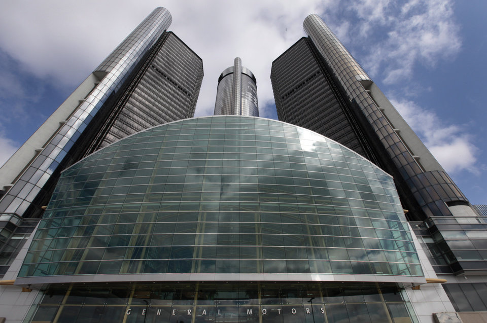 This Friday, May 16 2014 photo shows General Motors' world headquarters in Detroit. U.S. safety regulators fined General Motors a record $35 million Friday for taking at least a decade to disclose defects with ignition switches in small cars that are now linked to at least 13 deaths. (AP Photo/Paul Sancya)