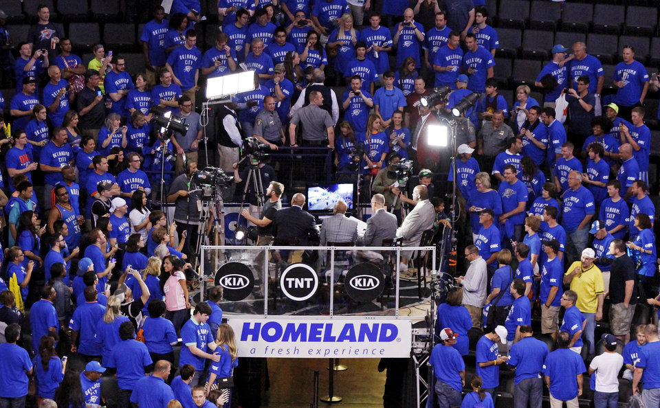 Photo - Oklahoma City fans surround the set of Inside the NBA after Game 3 of the Western Conference Finals in the NBA playoffs between the Oklahoma City Thunder and the San Antonio Spurs at Chesapeake Energy Arena in Oklahoma City, Sunday, May 25, 2014. Photo by Nate Billings, The Oklahoman