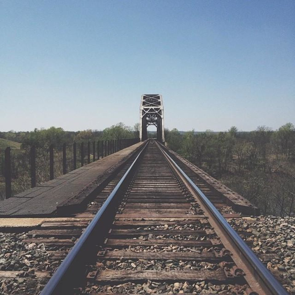 Between Verdigris and Claremore - Photo by Instagrammer @blek8