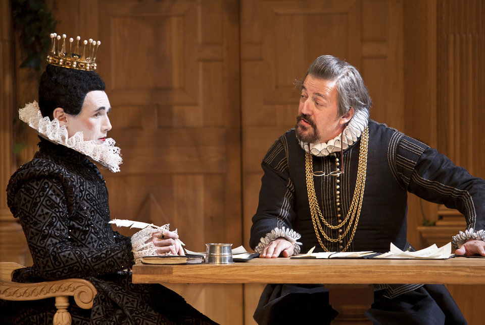 Photo -   In this image provided Monday Nov. 19, 2012 by Sonia Friedman Productions, Mark Rylance, as the character Olivia, left, and Stephen Fry, as the character Malvolio, during a dress rehearsal in
