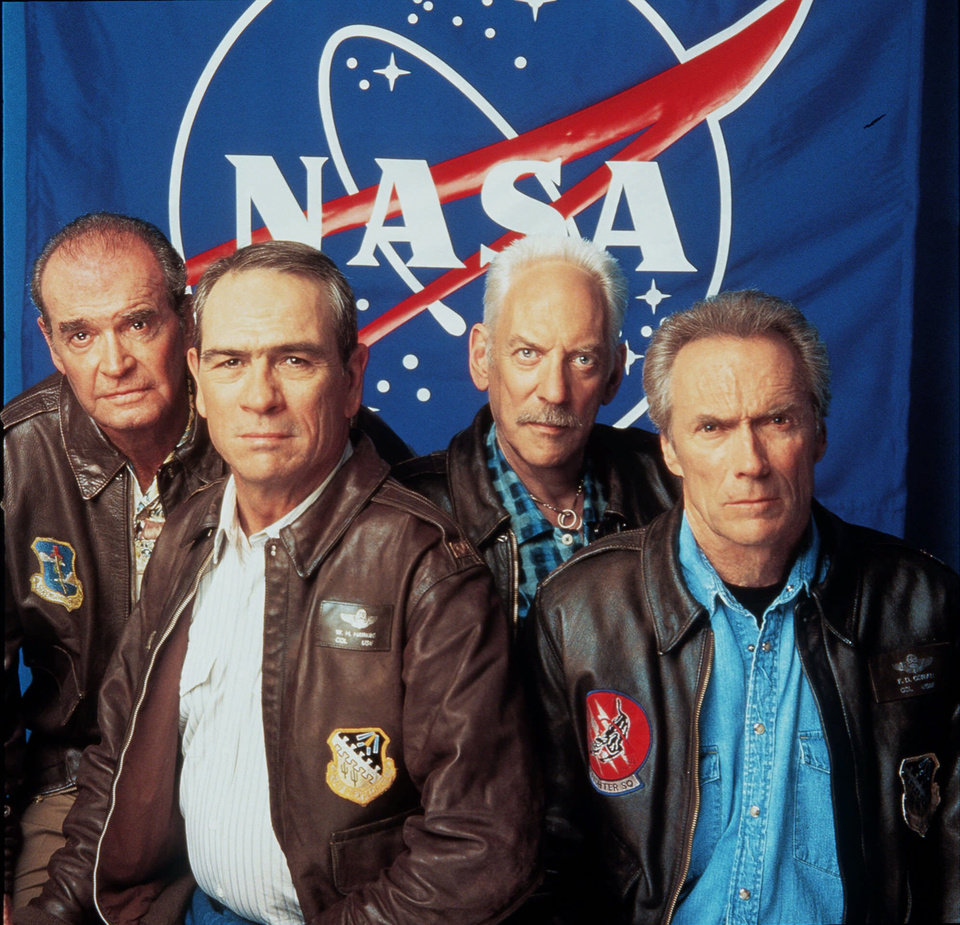 "Photo - FILE - From Left: James Garner, Tommy Lee Jones, Donald Sutherland and Clint Eastwood pose for Warner Brothers Pictures' ""Space Cowboys"" in this July 2000 file photo. Actor James Garner, wisecracking star of TV's ""Maverick"" who went on to a long career on both small and big screen, died Saturday July 19, 2014 according to Los angeles police. He was 86. (AP Photo/ Warner Brothers, File)"