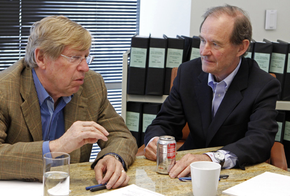 FILE - In this June 15, 2010 file photo, from left, attorneys Ted Olson and David Boies speak in San Francisco. Judgment day is approaching in an epic battle between Argentina and New York billionaire Paul Singer, who has sent lawyers around the globe trying to force the South American country to pay its defaulted debts. Three U.S. appellate judges will hear oral arguments in New York on Wednesday, Feb. 27, 2013, in the case, NML Capital Ltd. v. Argentina. The case has shaken bond markets, worried bankers, lawyers and diplomats, captivated financial analysts and generated enough �friend of the court� briefs to kill a small forest. (AP Photo/Ben Margot, File)