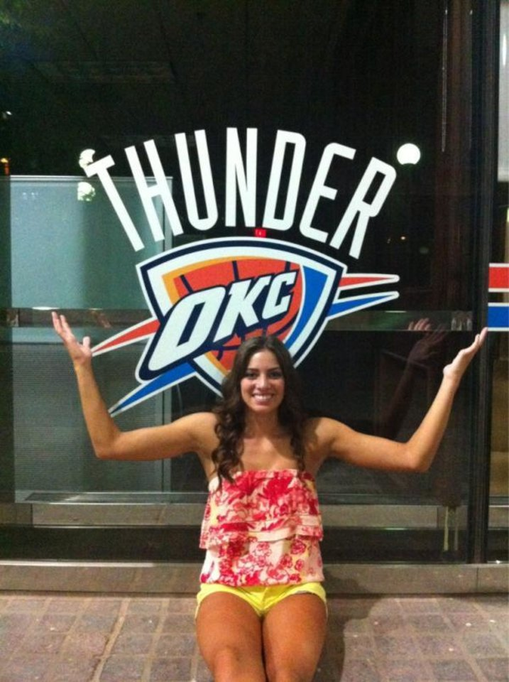 Photo - @TitanDave's daughter Thunders Up