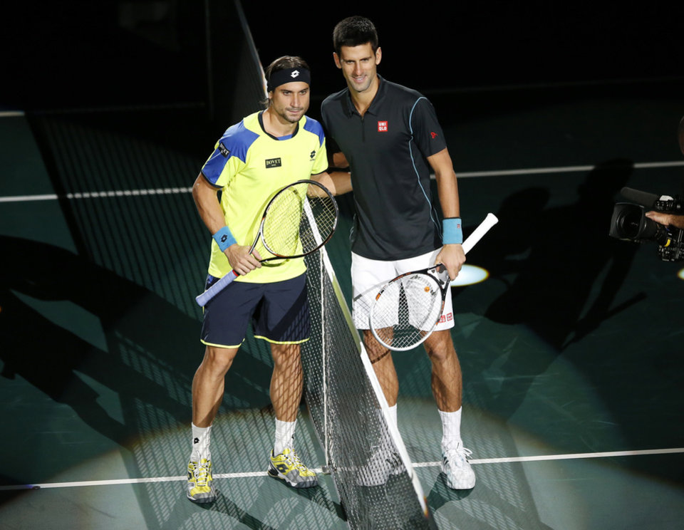 Photo - David Ferrer of Spain, left, and Novak Djokovic of Serbia pose prior to their final match, at the Paris Masters tennis at Bercy Arena in Paris, France, Sunday, Nov. 3, 2013. (AP Photo/Francois Mori)