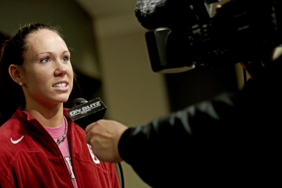 Photo - WOMEN'S COLLEGE BASKETBALL / WOMEN'S NCAA TOURNAMENT: OU's Carlee Roethlisberger is interviewed in the locker room before practice in Kansas City, Mo., on Saturday, March 27, 2010. The University of Oklahoma will play Notre Dame in the Sweet 16 round of the NCAA women's  basketball tournament on Sunday.  Photo by Bryan Terry, The Oklahoman ORG XMIT: KOD