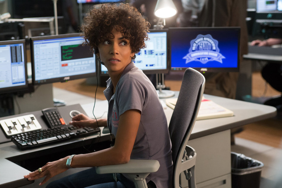 "Halle Berry in a scene from ""The Call."" SONY-TRISTAR PICTURES PHOTO <strong>Greg Gayne</strong>"