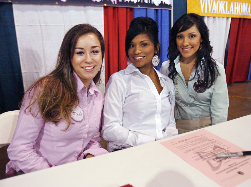 Viva Divas Blanca Macias (left), Cristina Fierro, and Angelina Anaya pose for a photo during the Viva Oklahoma Hispanic Chamber Expo and Career Fair at the State Fair Park Transportation Building in Oklahoma City, OK, Saturday, July 25, 2009. By Paul Hellstern, The Oklahoman
