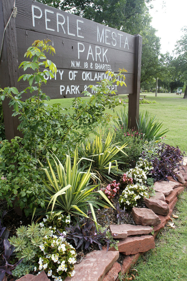 Photo - Neighborhoods will get help paying for water at city parks, like this feature of Perle Mesta Park.