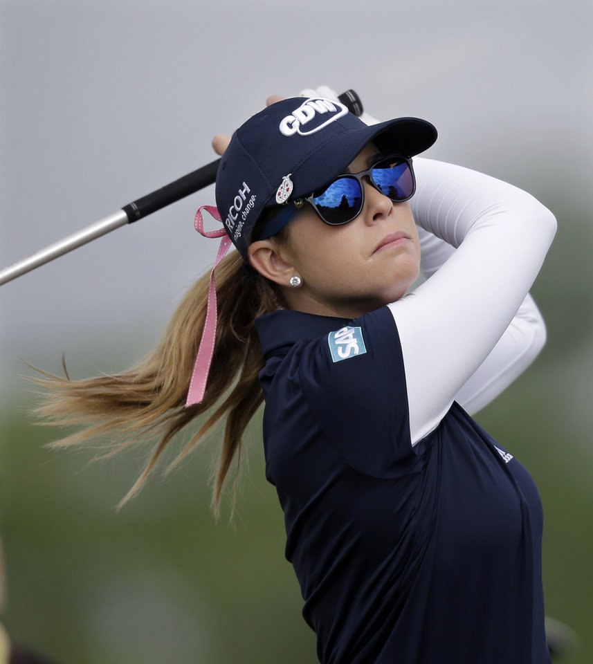 Photo - Paula Creamer hits a tee shot on the fourth hole during the first round of the ShopRite LPGA Classic golf tournament in Galloway Township, N.J., Friday, May 30, 2014. (AP Photo/Mel Evans)