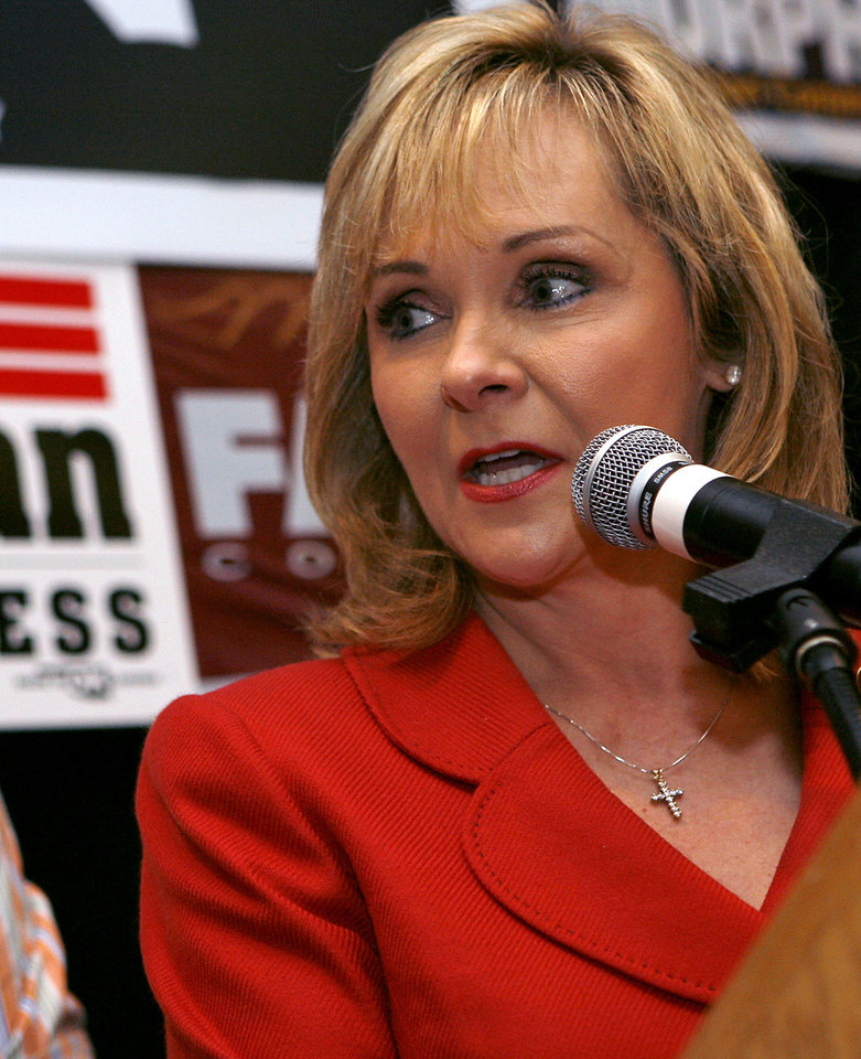 Photo - Mary Fallin speaks during the Republican watch party at the Oklahoma City Marriott on Northwest Expressway in oklahoma City on Tuesday Nov. 4, 2008. By John Clanton, The Oklahoman