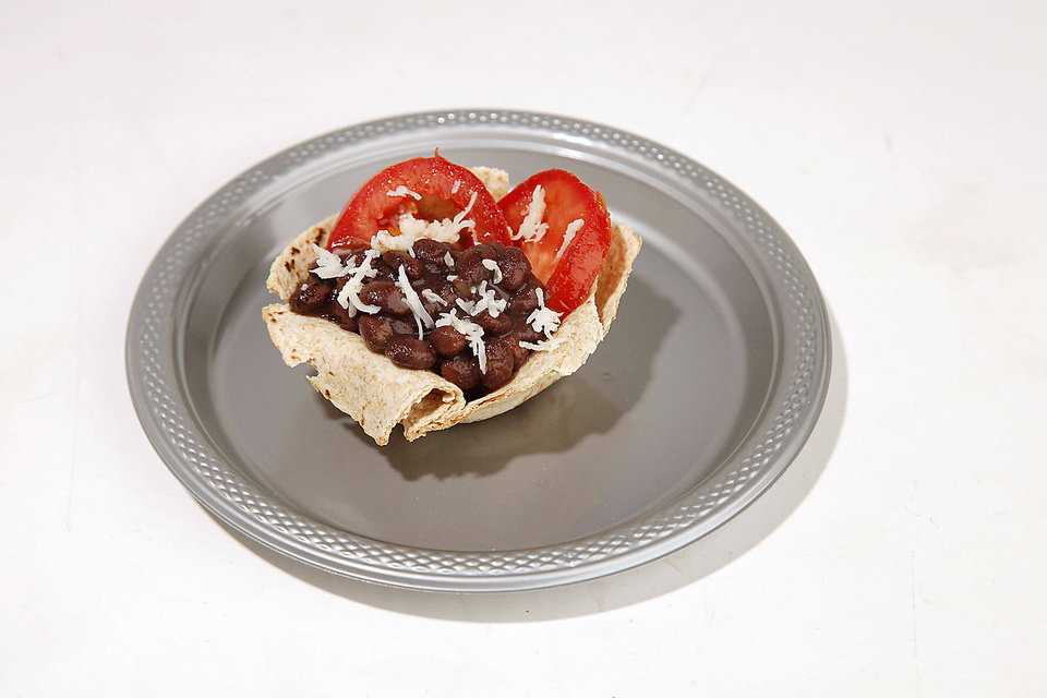 FOOD: Healthy snacks for kids for Becky Varner's column,Friday, September 14, 2012. Photo by Doug Hoke, The Oklahoman